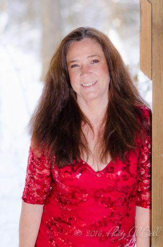 Cleveland Photographer photographs red dress 9